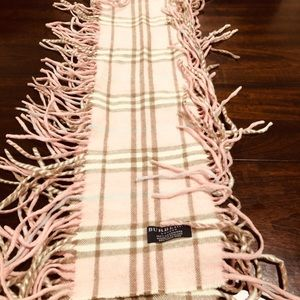 Authentic Burberry fringed cashmere scarf